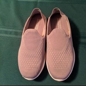 Skechers goga max shoes